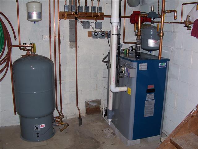 Горячую воду можно также получать из второго контура отопительного котла или от бойлера косвенного нагрева.