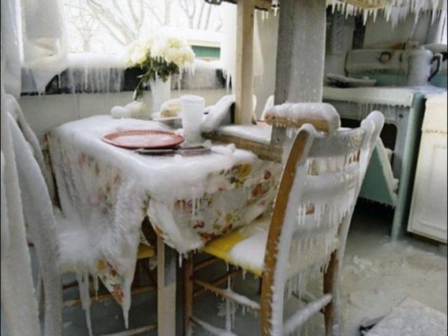 Чтобы дом не замерз в морозы, стоит заранее подумать, хватит ли вам газа.
