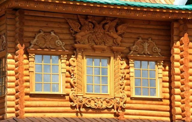 Резные наличники на окна бревно