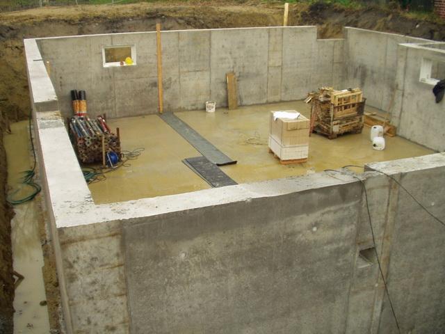Правильная обратная засыпка пазух котлована – строим фундамент для дома с подвалом 2