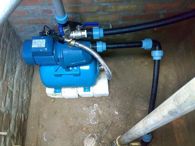 Какие насосы для водоснабжения дома из колодца можно купить для загородной жизни 2
