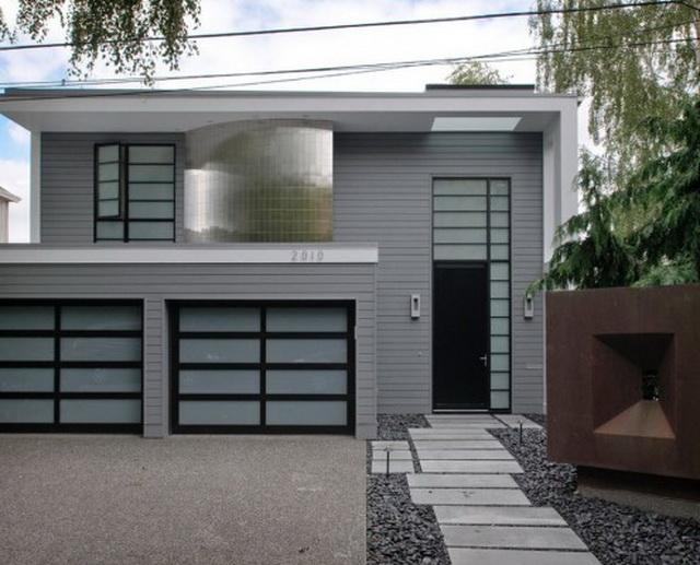 Дизайн крыльца частного дома со ступеньками - фото и варианты 13