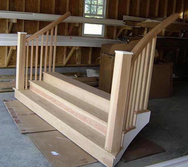 Готовые ступеньки для крыльца из дерева - цена, виды, фото 1
