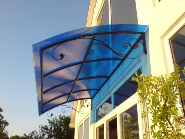 Козырьки над крыльцом из поликарбоната - цена изготовления и фото 2