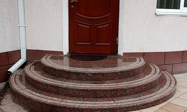 Круглые и полукруглые ступени крыльца дома - фото и дизайн 3