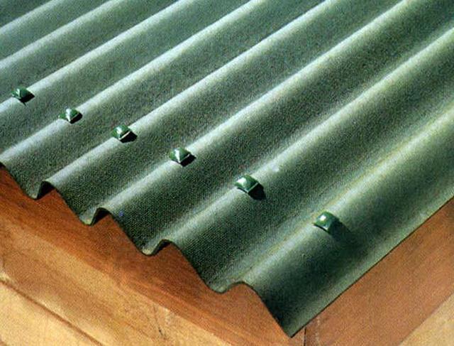 Чем можно покрыть крышу на даче недорого 1
