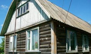Думаю, чем обшить деревянный дом снаружи. Апрель.