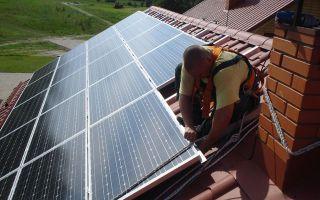 Установка солнечных батарей на крышу дома — полезные советы