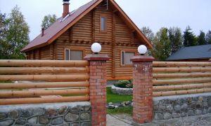 Деревянные заборы – фото от практика