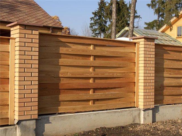 Красивые деревянные заборы фото 4