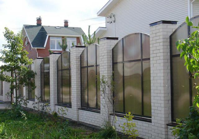 Забор из поликарбоната-а