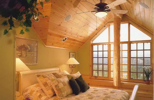 Чем обшить деревянный дом внутри А