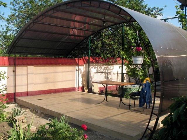 Дачная веранда из поликарбоната – цена и варианты 1