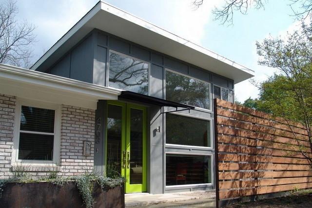 Козырек над крыльцом частного дома - фото, эскизы, виды 2