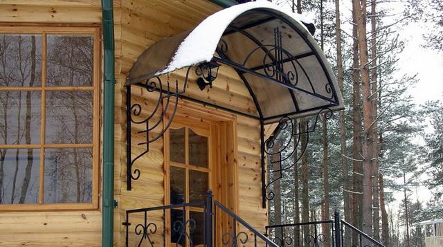 Козырек над крыльцом дома из поликарбоната своими руками 3