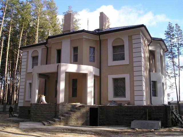 каким цветом покрасить фасад частного дома фото 9