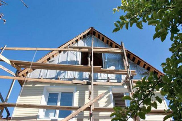 Обшивка деревянного дома сайдингом своими руками